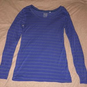 Blue and grey striped fitted long sleeve shirt